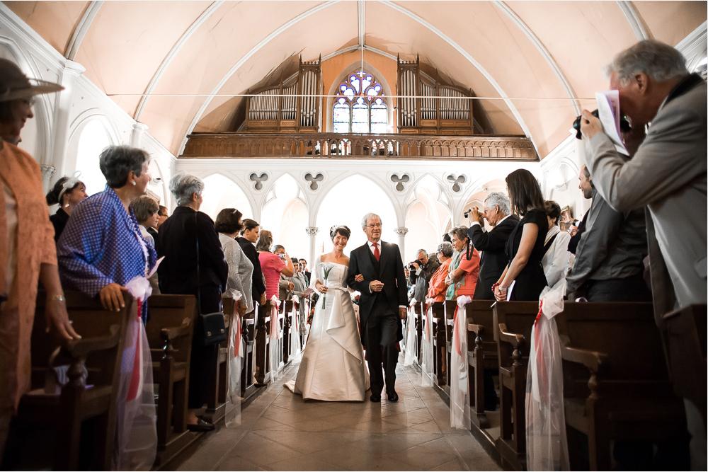 1-photographe-montbard-mariage-reportage-cérémonie-photographies-église-montbard-julie-gautier.jpg