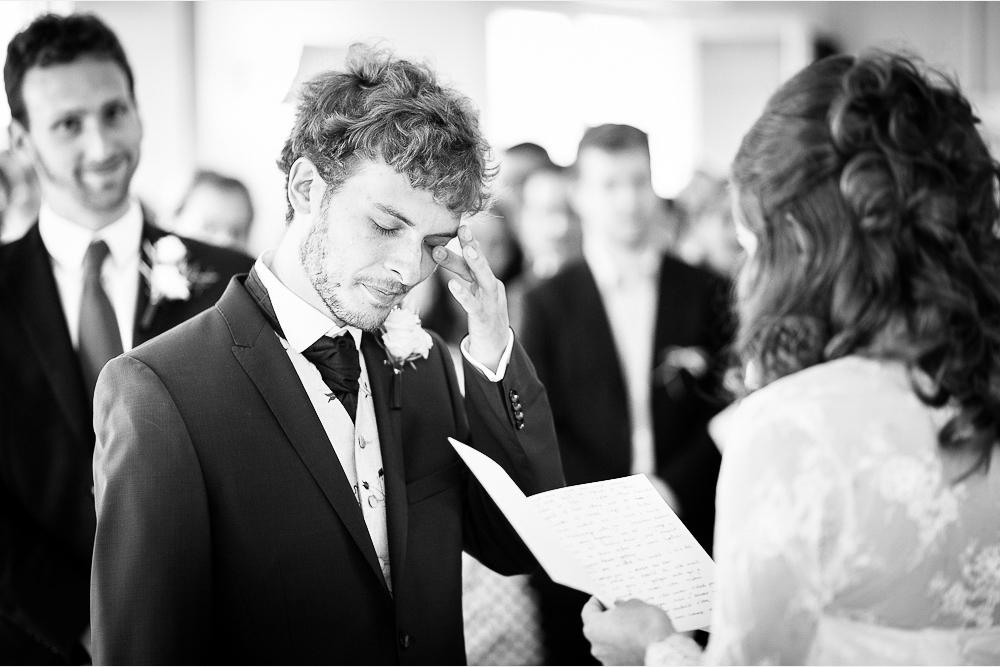 13-photographe-dijon-mariage-reportage-cérémonie-photographies-mairie-perrigny-rachel-valentin.jpg