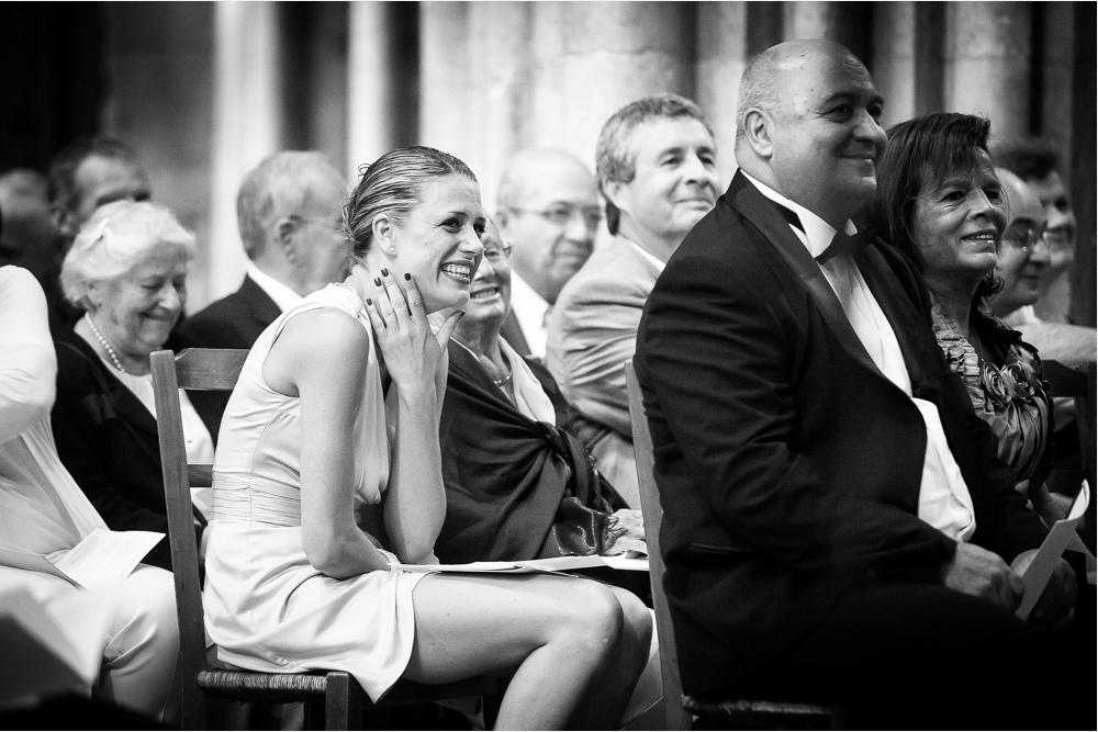 16-photographe-dijon-mariage-reportage-cérémonie-photographies-église-notre-dame-julia-guillaume.jpg