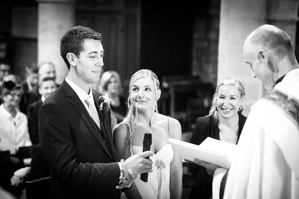 8-photographe-dijon-mariage-reportage-cérémonie-photographies-église-notre-dame-annejulie-arnaud.jpg