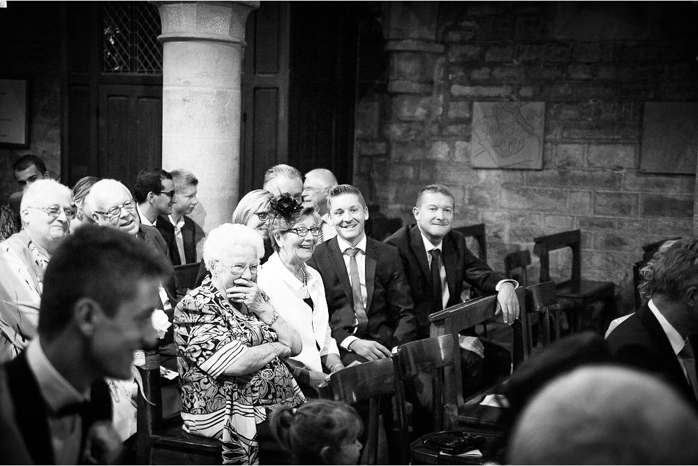 9-photographe-dijon-mariage-reportage-cérémonie-photographies-église-notre-dame-annejulie-arnaud.jpg