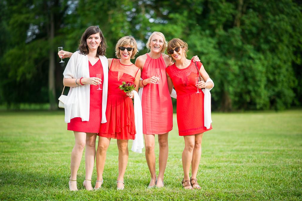 11-photographe-dijon-mariage-reportage-vin-dhonneur-photographies-chateau-de-brognon-stéphanie-louis.jpg