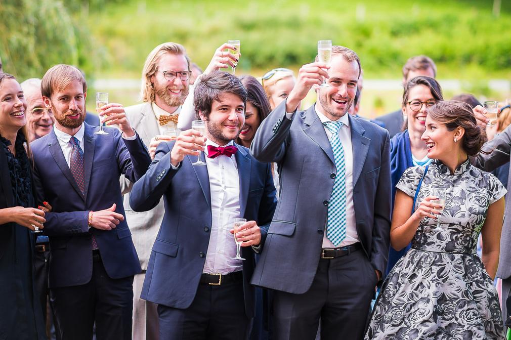 6-photographe-besancon-mariage-reportage-vin-dhonneur-photographies-bains-de-guillon-anne-camille-et-jean-baptiste.jpg